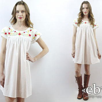 White Mexican Dress Embroidered Dress Summer Dress White Dress Cotton Dress 70s Dress 1970s Dress Floral Tent Dress Hippie Dress S M L