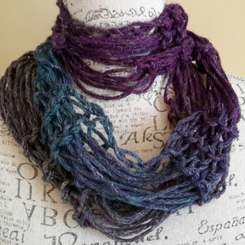 knit Infinity scarf. galaxy color cowl. Made by Bead Gs on Etsy. Dark purple.