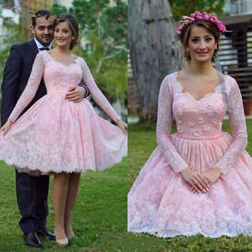 Sweetheart Pink Long Sleeve Homecoming Dresses Knee-Length Lace Lovely Girls Graduation Gowns Flower