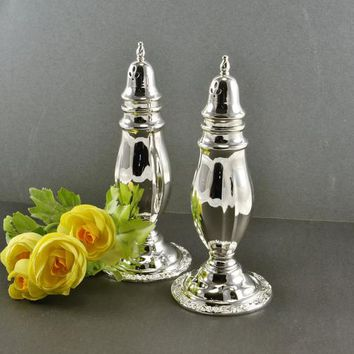 Oneida Silver Plate Salt Pepper Shakers Weighted Quality Vintage Table Setting Elegant Wedding Party