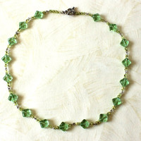 Light green necklace. Handmade beaded necklace. Beaded Jewelry. Ready to ship.