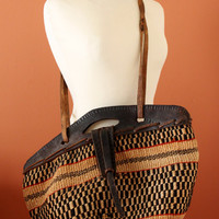 VINTAGE 90's Black/Beige African Tribal BAG, Vintage African Woven Basket, Tribal Woven Bag