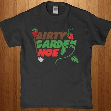 Dirty garden hoe - Hip hop Pimp men's t-shirt - Funny work clothes