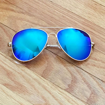 Blue Mirror Lens Aviator Sunglasses