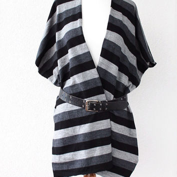 Women ponchos, Poncho, Oversize Scarf, Woman Gray and Black Striped