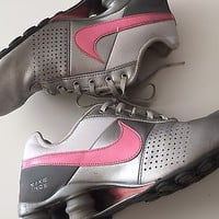 GUC Nike Shox Silver and Pink Size 6.5