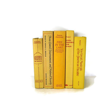 Yellow Decorative Books , Yellow  Vintage Books , Home Decor , Old Books ,  Photo Prop , Bookshelf Decor , Table Setting , Wedding Decor