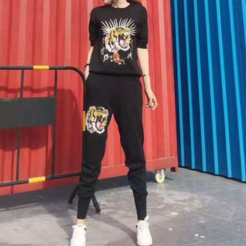 LMFONS Gucci' Women Casual Fashion Knit Tiger Head Embroidery Middle Sleeve Trousers Set Two-Piece Sportswear
