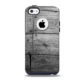 The Gray Worn Wooden Planks Skin for the iPhone 5c OtterBox Commuter Case