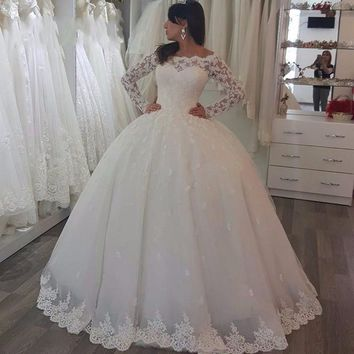 2017 Wedding Gowns Elegant Cap Sleeve  Long Sleeves Lace And Appliques Ball Gowns Bridal Dresses
