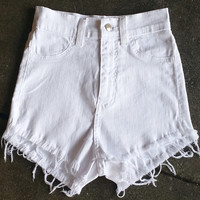 A High Waisted Cutoff - White