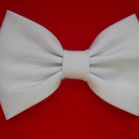 White Shantung Hair Bow Girls Hairbow by TitasHidingPlace on Etsy