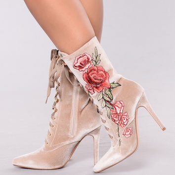 Too Good With These Boot - Nude