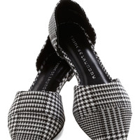 Point and Click Flat in Houndstooth | Mod Retro Vintage Flats | ModCloth.com