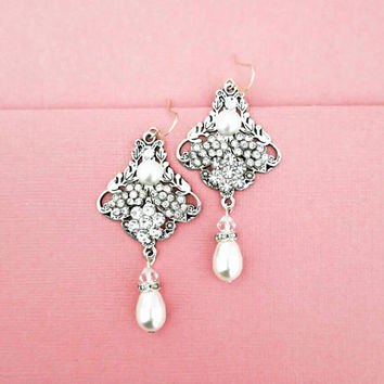 Crystal Bridal Earrings Chandelier Wedding Earrings Swarovski Pearl Bridal Earrings Paige Earrings Bridal Jewelry Vintage Flower Art Deco