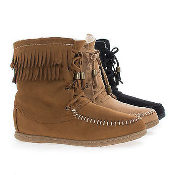 Tying Natural By Soda, Moccasin Faux Shearling Lining Lace Up Fringe Ankle Flat Boots