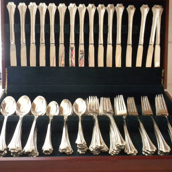 F.B. Rogers Silver plated Flatware 83 pc in Wooden Box, Chippendale Pattern