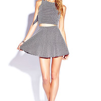 Standout Checkered Crop Top | FOREVER 21 - 2000051885