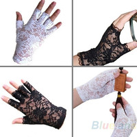 New Goth Party Sexy Dressy Women Lady Lace Gloves Mittens Fingerless Black White = 1932239300