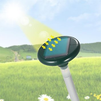 Yard Solar Powered Outdoor Garden Mouse Mole Vole Snake Rodent Repeller Repelling LED Light Ultrasonic Snakes Rodents Repeller