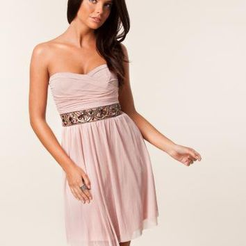 Mesh Strapless Jewel Waist Trim Dress - Elise Ryan - Nude - Festklänningar - Kläder - NELLY.COM Mode online på nätet