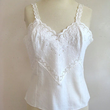 Vintage 1970s Tank Top White Eyelet Embroidery Sleeveless Top Med