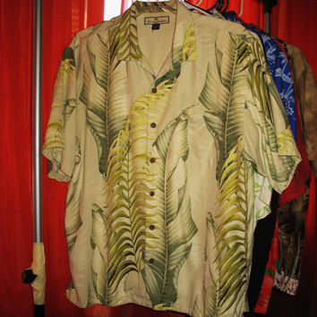 Amazing Vintage Hawaiian Shirt TOMMY BAHAMA  Green  Leaves 100% Silk Size L  Very Collectible