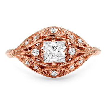 Glamorous Art Deco Diamond Ring