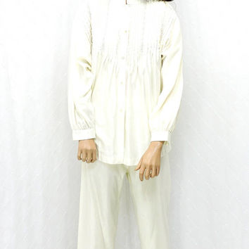 Vintage Barbizon Boutique Satin Pajamas / size M / white pin tucked satin lingerie / Judith Ritter