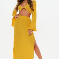 Missguided - Mustard Yellow Twist Front Flared Sleeve Crop Top
