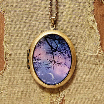 Twinkle Twinkle - Starry Night Moon and Stars Purple Sunset - Grande Photo Locket Necklace