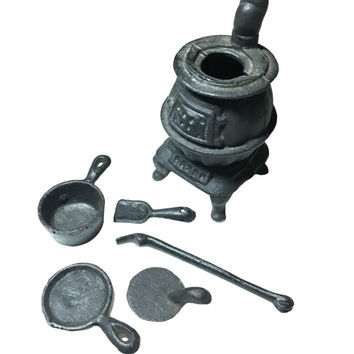 Vintage Cast Iron Pot Belly Salesman Sample Stove & Pots and Pans | Miniature Toy Set | Metal Kitchen Set