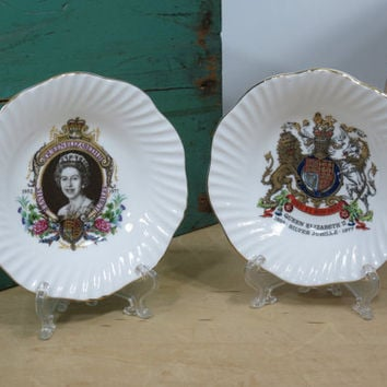 Queen Elizabeth Silver Jubilee Commemorative Trinket Dishes with Packaging . 1952-1977 . Elizabethan Fine Bone China . British Collectibles