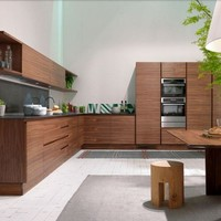 CUSTOM WOOD VENEER KITCHEN WITHOUT HANDLES LA CUCINA | RIVA 1920
