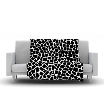 "Project M ""British Mosaic Black"" Fleece Throw Blanket"