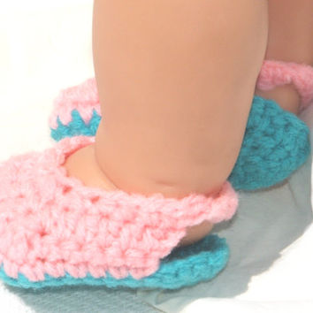 Baby Girl Crochet Sandals, Crib Shoes, Baby Booties, Infant Shoes, Baby Girl Shower Gift, Pink and Blue Baby Clogs