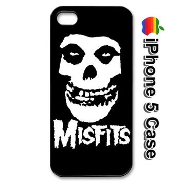 iPhone 5 The MISFITS Punk Rock Skull Black by YourCasesCenter