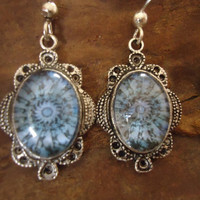 KALEIDOSCOPE IN BLUE glass cabochon earrings by AsaiBolivien 9,90 US$