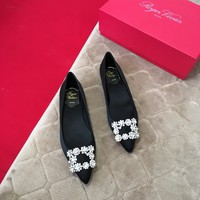 Roger Vivier Silk Flower Strass Black Pumps (heel 1.5cm) - Best Deal Online