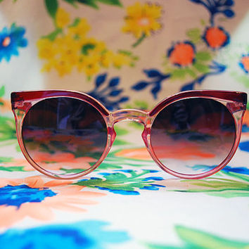 The Winnie | Vintage Crystal Pink Round Cateye Sunglasses 80s 90s Retro Keyhole Glasses