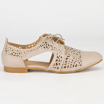 Carrini Cutout Womens Oxford Shoes Beige  In Sizes