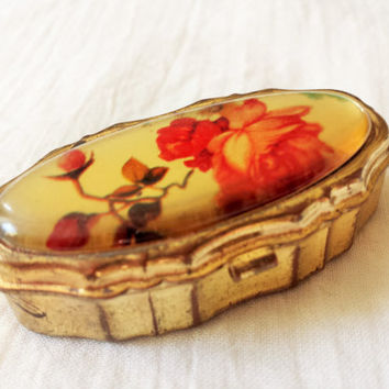 Vintage Rose Pillbox / 1950s Pillbox / 50s Pill Box / Hong Kong Pillbox  /  Red Rose / Rose Lid / Vintage Red Rose