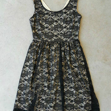 City Lace Dress in Black