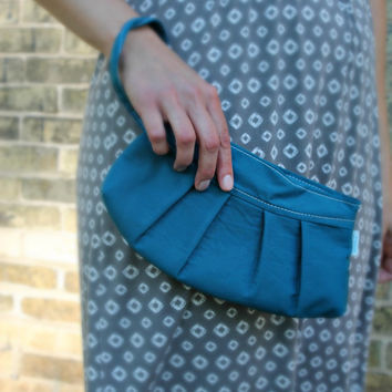 Peacock Pleated Wrist Wallet - Teal Wristlet - Small Purse
