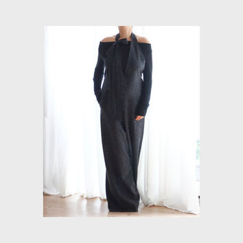 Wool Wide Legs Jumpsuit Plus Size V Neckline Jumpsuit Oversize Jumper Open Back Plus Size Jumpsuit Dropped Crotch Pants / Oversized Jumpsuit