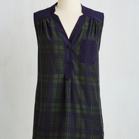 Vintage Inspired Long Sleeveless Girl About Scranton Tunic in Green Plaid