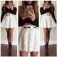 Long Sleeved T-Shirt white Skirt ( Two-Piece ) XE0104BH