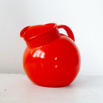 Tilted Pitcher Orange Ball Pitcher Anchor Hocking Large Pitcher Painted Glass Patio Decor Kitchen Decor Dining Decor Vintage Orange Pitcher
