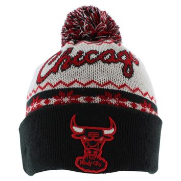 New Era Mens Chicago Bulls NBA Ugly Sweater Knit Hat White One Size