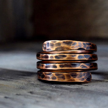 Rustic Copper spiral ring / wrap around wire ring / wrapped copper ring/ antiqued ring / hammered copper ring / patina